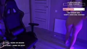 hot twitch girl making squads and showing ass in tight leggins twitch leak